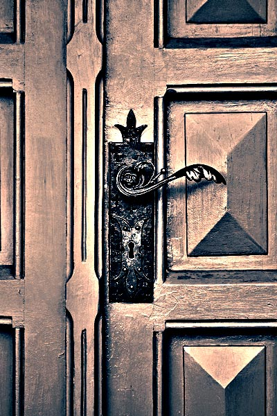 Tür zur Unternehmensidentität